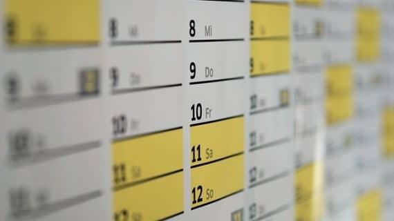 Cetak Kalender Dengan Design Yang Unik